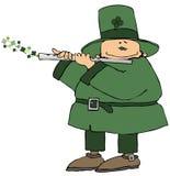 Leprechaun que joga uma flauta Foto de Stock Royalty Free