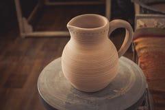 Leratillbringare på ett hjul för keramiker` s Royaltyfria Foton