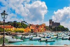 Lerici, port et village Terre de Cinque, Ligury Italie Images libres de droits