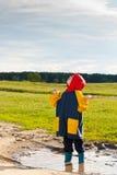 lerig pöl för pojke Arkivfoton
