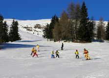 Lernen, in Österreich Ski zu fahren Stockbild