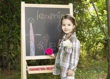 Lernen des kleinen Mädchens Lizenzfreies Stockfoto