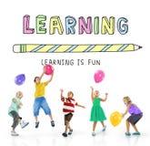 Lernen des Studien-Wissens-Bildungs-Schulkonzeptes lizenzfreie stockfotos