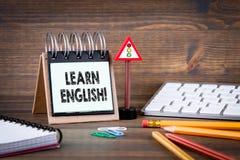 Lernen Sie englisches Konzept lizenzfreie stockfotos