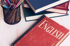 Lernen von Englisch getrennte alte Bücher Stockbilder