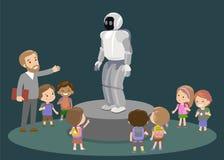 Lerntechnologie der Volksschule der Innovationsbildung und Leutekonzept - Gruppe Kinder, die zum Kohlenstoffroboter schauen Stockfoto