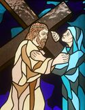 les 4èmes stations de la croix, Jésus rencontre sa mère Photo stock