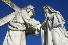 les 4èmes stations de la croix, Jésus rencontre sa mère Photo libre de droits