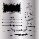 Les éléments de décorations de vintage fond s'épanouit gris calligraphique d'ornements et de vues Illustration Libre de Droits