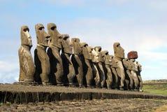 Les 15 moais Photos libres de droits