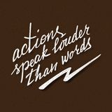 Les actions parlent plus fort que l'inscription de mots Proverbe manuscrit pour la conception de motivation d'affiche illustration de vecteur