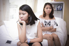Les adolescents ont des problèmes dus aux changements hormonaux image stock