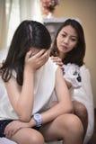 Les adolescents ont des problèmes dus aux changements hormonaux photos libres de droits