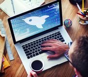 Les affaires d'augmentation de succès de croissance de lancement commencent le concept de vision Photos libres de droits