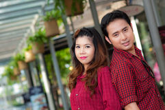 Les amants de l'adolescence apprécient en Thaïlande Image libre de droits