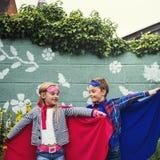 Les amis d'enfants de super héros bravent le concept adorable Photographie stock libre de droits