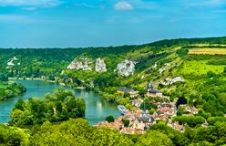 Les Andelys komuna na bankach wonton w Francja obrazy royalty free