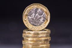 Les Anglais pièces de monnaie d'une livre Photographie stock