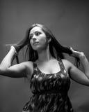 Les années 20 modèles hispaniques minces d'In Photo stock