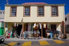 Les Antilles, les Caraïbe, Antigua, St Johns, boutique de matériel Photos libres de droits
