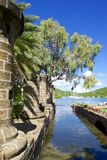 Les Antilles, les Caraïbe, l'Antigua, chantier de construction navale du Nelson, la maison de bateau et le grenier de voile Image stock