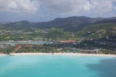 Les Antilles, les Caraïbe, Antigua, vue au-dessus de Jolly Harbour Image libre de droits