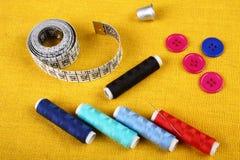 Les approvisionnements de couture se ferment  Image libre de droits
