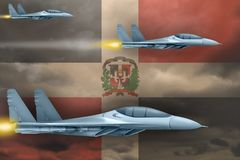 Les Arm?es de l'Air de la R?publique Dominicaine frappent le concept Les avions d'air attaquent sur le fond de drapeau de la R?pu illustration libre de droits