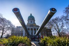 Les armes à feu de cuirassé de 15 pouces au musée impérial de guerre, Londres, Angleterre photo stock