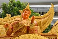 Les arts et les métiers du grands beaux festival et culture de bougie sous pleuvoir assaisonnent en Thaïlande Photos libres de droits