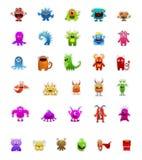 Les autocollants de monstre dans différentes poses d'isolement sur le blanc peuvent être utilisation pour des jeux illustration libre de droits