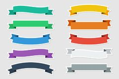 Les autocollants plats dirigent des rubans dans la couleur plate sur le fond gris Illustration de vecteur illustration stock