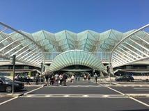Les auvents et les ponts de Gare font Oriente, Lisbonne, Portugal par Calatrava Photographie stock