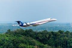 Les avions privés de sino jet décollent Photo libre de droits