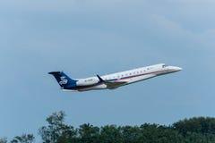 Les avions privés de sino jet décollent Photos libres de droits