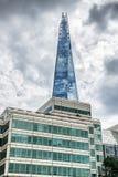 Les bâtiments en verre de tesson à Londres Image libre de droits