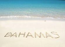 Les BAHAMAS écrivant sur la plage Photo stock