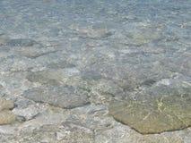 Les Bahamas effacent l'eau de mer des Caraïbes Photo libre de droits
