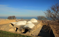 Les bains dans la forteresse Naryn-Kala de Sassanid dans la ville de Derbent, République de Dagestan photographie stock