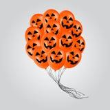 Les ballons réalistes avec la bande dessinée de Halloween font face au vol pour la partie ou les célébrations plan rapproché Images stock