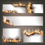 Les bannières stratégiques de publicité du feu chaud ont placé pour l'attraction de clients aux ventes au rabais saisonnières illustration stock