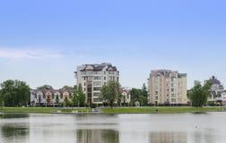 Les banques du lac supérieur à Kaliningrad Photo stock