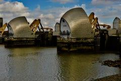 Les barrières de la Tamise à Londres photos libres de droits