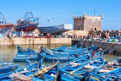 Les bateaux bleus d'Essaouira Photos stock