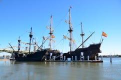 Les bateaux de galion amarrés Photos libres de droits