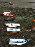 les bateaux reposent le leur image libre de droits