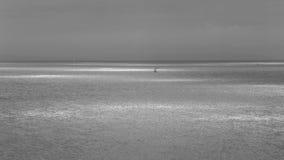 Les bateaux sur le calme arrose A Photo libre de droits