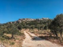 Les Baux de Provence dans les Apilles. Balade aux Baux de Provence dans les Alpilles, weekend nature et balade royalty free stock images