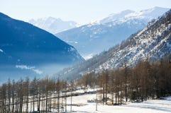 Les belles montagnes autour du bionaz dans le Val d'Aoste, Italie Images stock