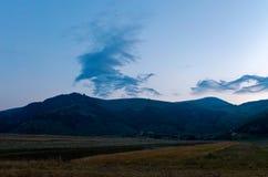 Les belles montagnes du parc national du Maiella dedans photo stock